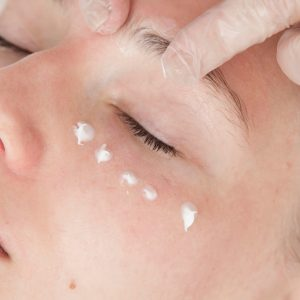 Nourishing Eye Treatment